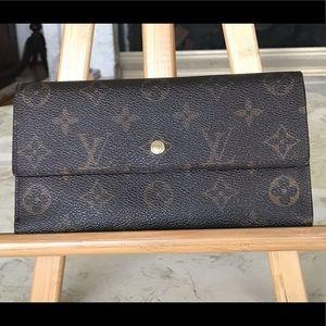 Louis Vuitton Portefeuille Long Wallet